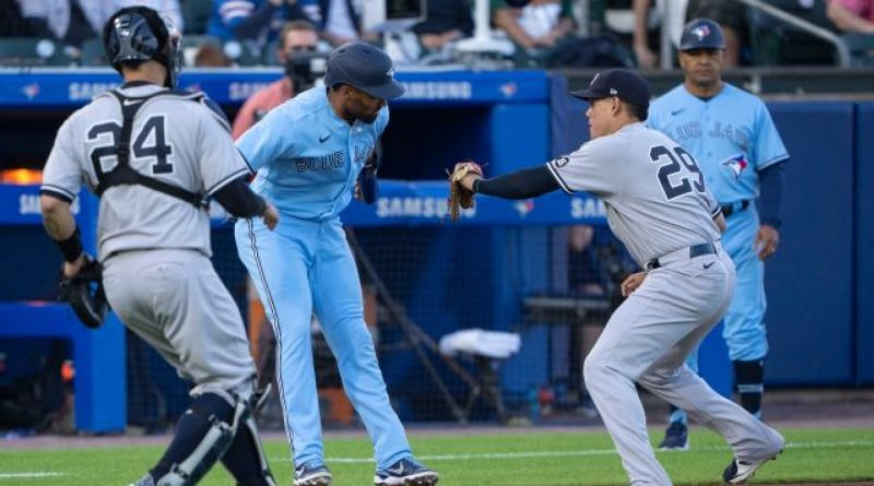 Yankees concretan ante Blue Jays uno de triple plays más raros historia MLB